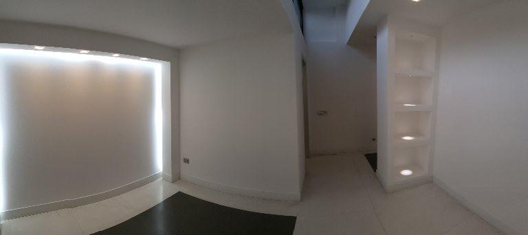 Ufficio / Studio in affitto a Carrara, 4 locali, prezzo € 1.200 | CambioCasa.it