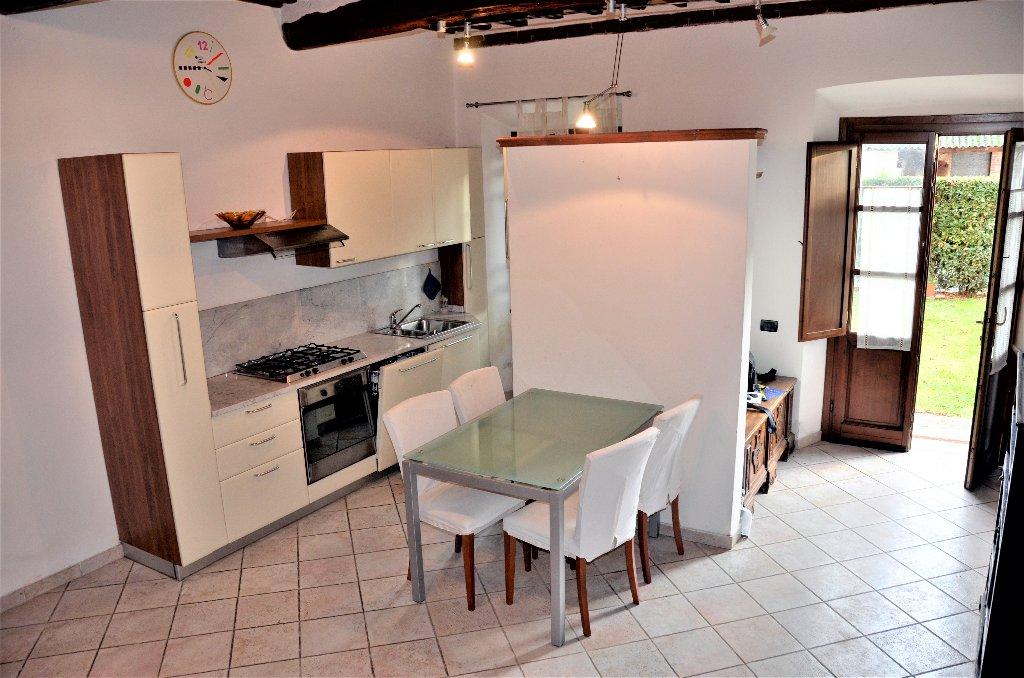 Soluzione Indipendente in affitto a Capannori, 3 locali, prezzo € 530 | CambioCasa.it