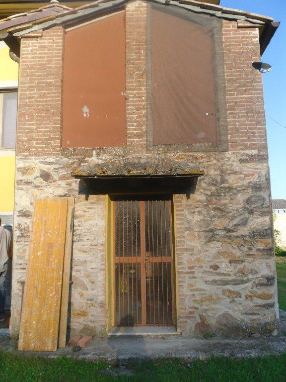 Foto 3/20 per rif. rust castel 380