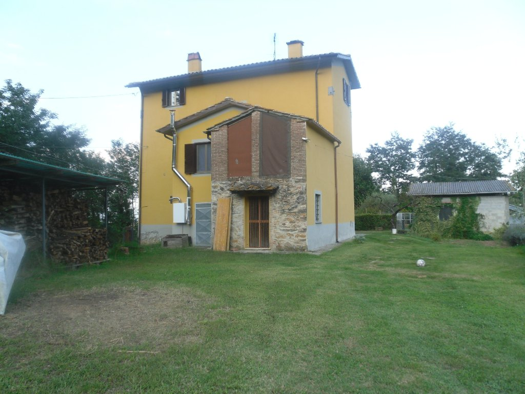 Foto 20/20 per rif. rust castel 380