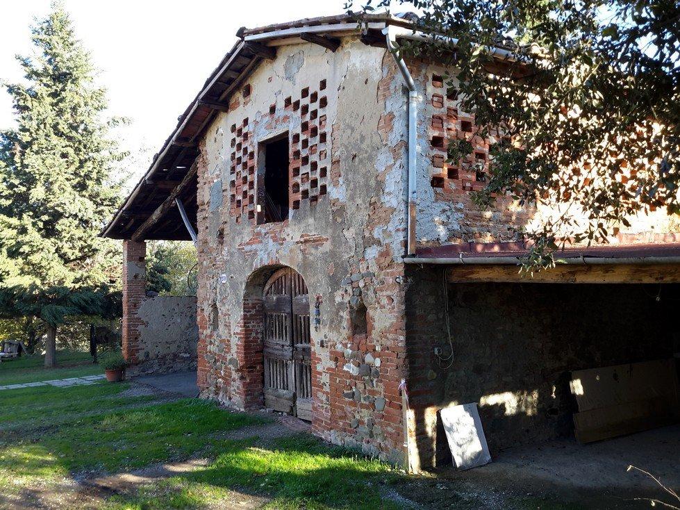 Rustico / Casale in Vendita a San Giovanni Valdarno