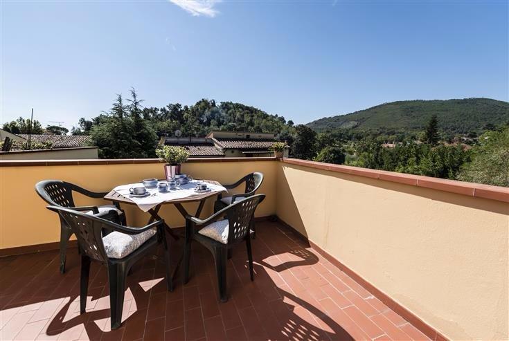 Appartamento in vendita a Vicopisano, 2 locali, prezzo € 84.000 | CambioCasa.it