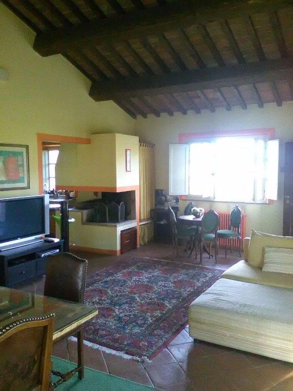 Appartamento in vendita a San Giuliano Terme, 6 locali, prezzo € 350.000 | CambioCasa.it
