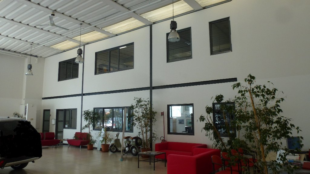 Capannone industriale in vendita a Pisa