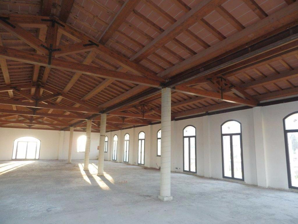 Negozio / Locale in affitto a Vicopisano, 1 locali, prezzo € 4.500 | CambioCasa.it