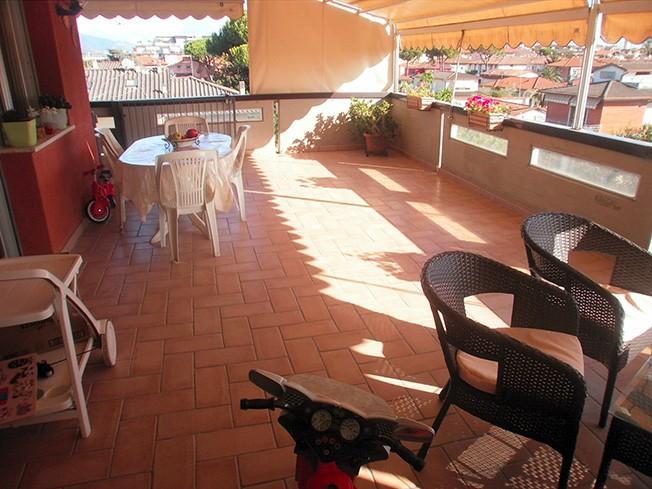Attico in vendita a Marina Di Carrara, Carrara (MS)