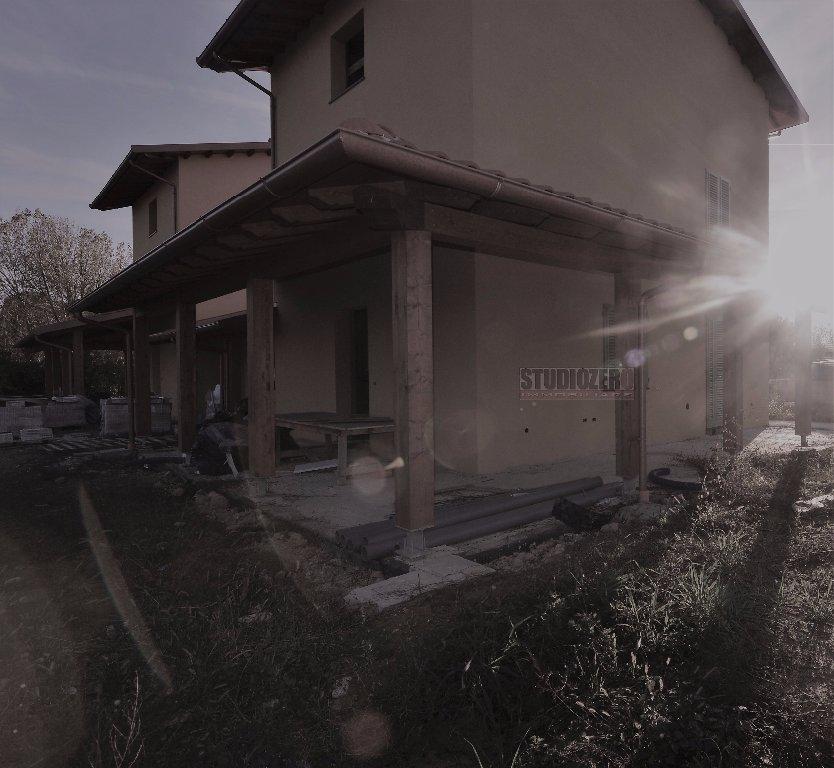 Villa Bifamiliare in vendita a Buggiano, 15 locali, prezzo € 340.000 | CambioCasa.it