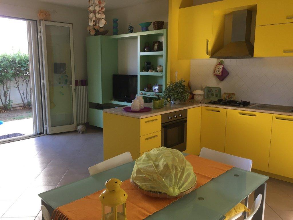 Appartamento in vendita a Rosignano Marittimo, 2 locali, prezzo € 175.000 | CambioCasa.it