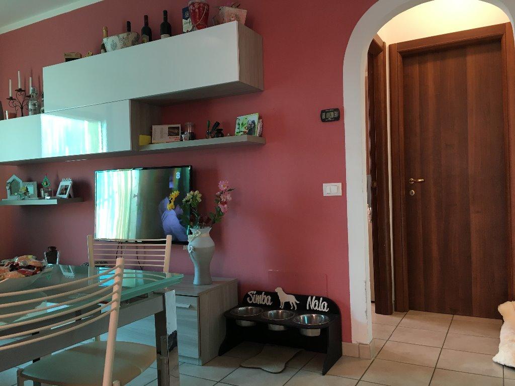 Appartamento in vendita a Bientina, 2 locali, prezzo € 100.000 | CambioCasa.it