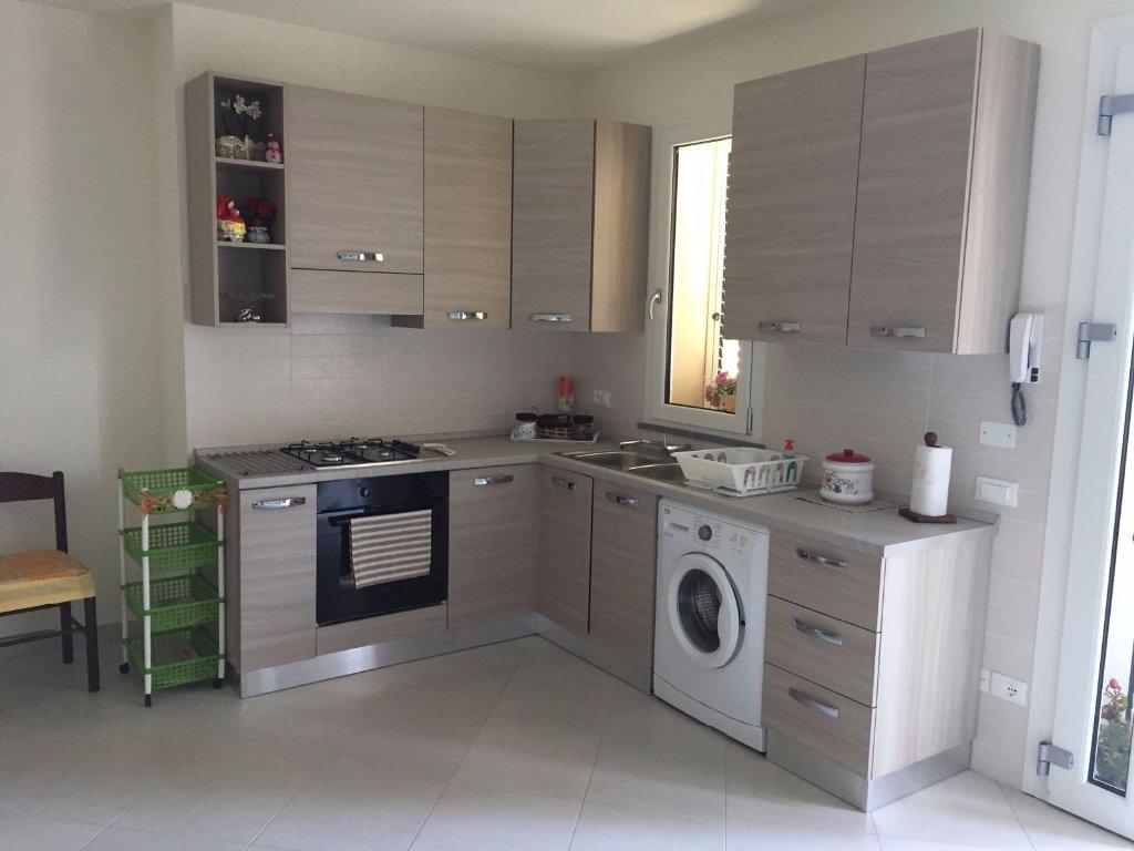 Appartamento in vendita a Cascina, 3 locali, prezzo € 140.000   CambioCasa.it