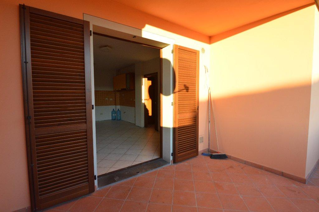 Appartamento in vendita a Uzzano, 5 locali, prezzo € 129.000 | CambioCasa.it
