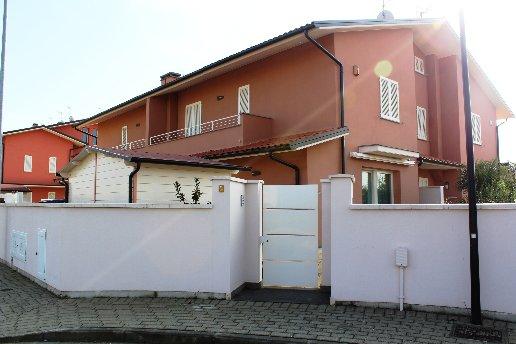 Villetta a schiera in vendita a Pontedera