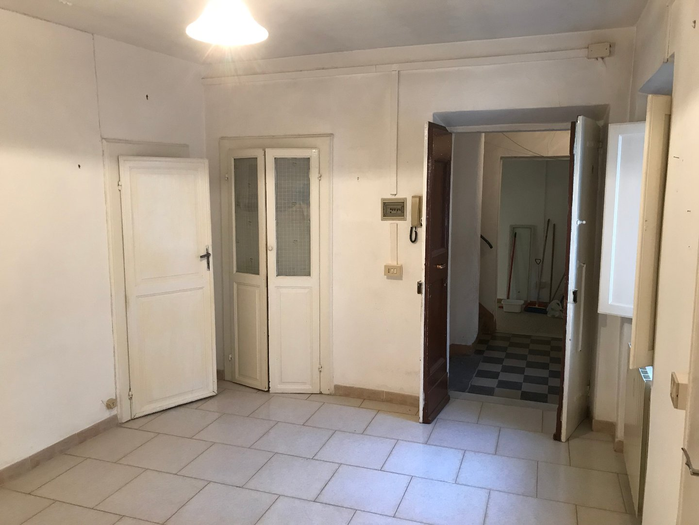 Stabile/Palazzo in vendita a Calci (PI)