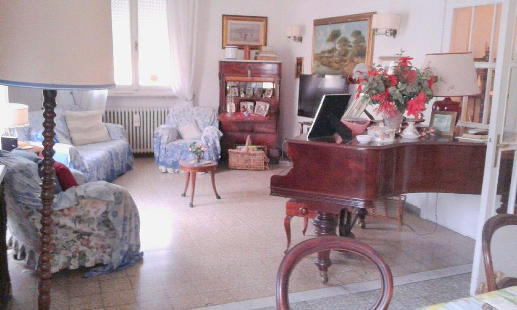 Soluzione Indipendente in vendita a Livorno, 8 locali, prezzo € 800.000 | CambioCasa.it