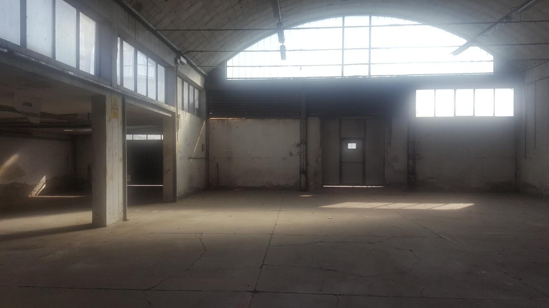 Capannone industriale in vendita a La Bianca, Pontedera (PI)