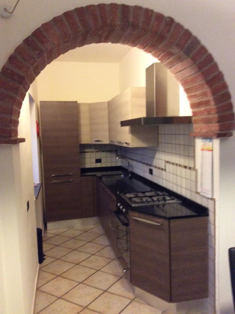 Appartamento in vendita a Peccioli, 3 locali, prezzo € 120.000 | CambioCasa.it
