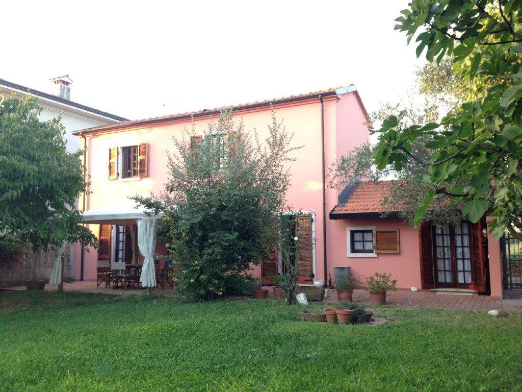 Colonica/casale in vendita a Ortonovo (SP)