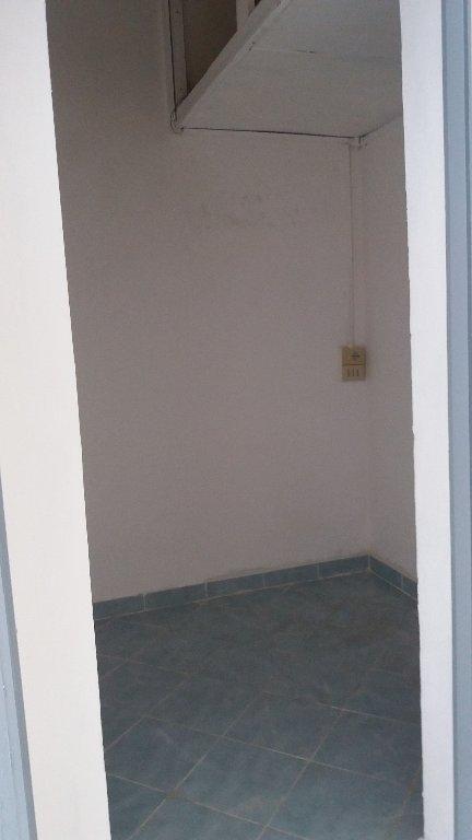 Locale comm.le/Fondo in affitto commerciale, rif. C171