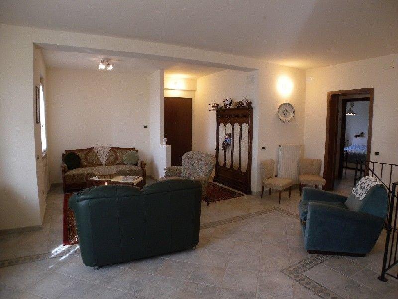 Appartamento in Vendita, rif. VIV-2