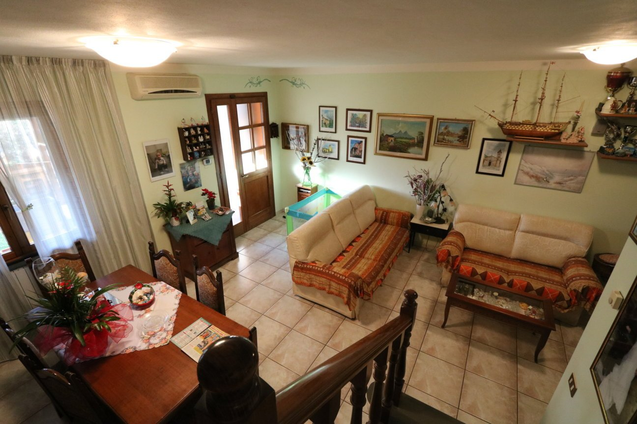 Villetta a schiera in vendita a Buti (PI)