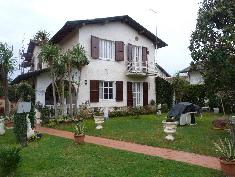 Villetta bifamiliare in vendita a Cinquale, Montignoso (MS)