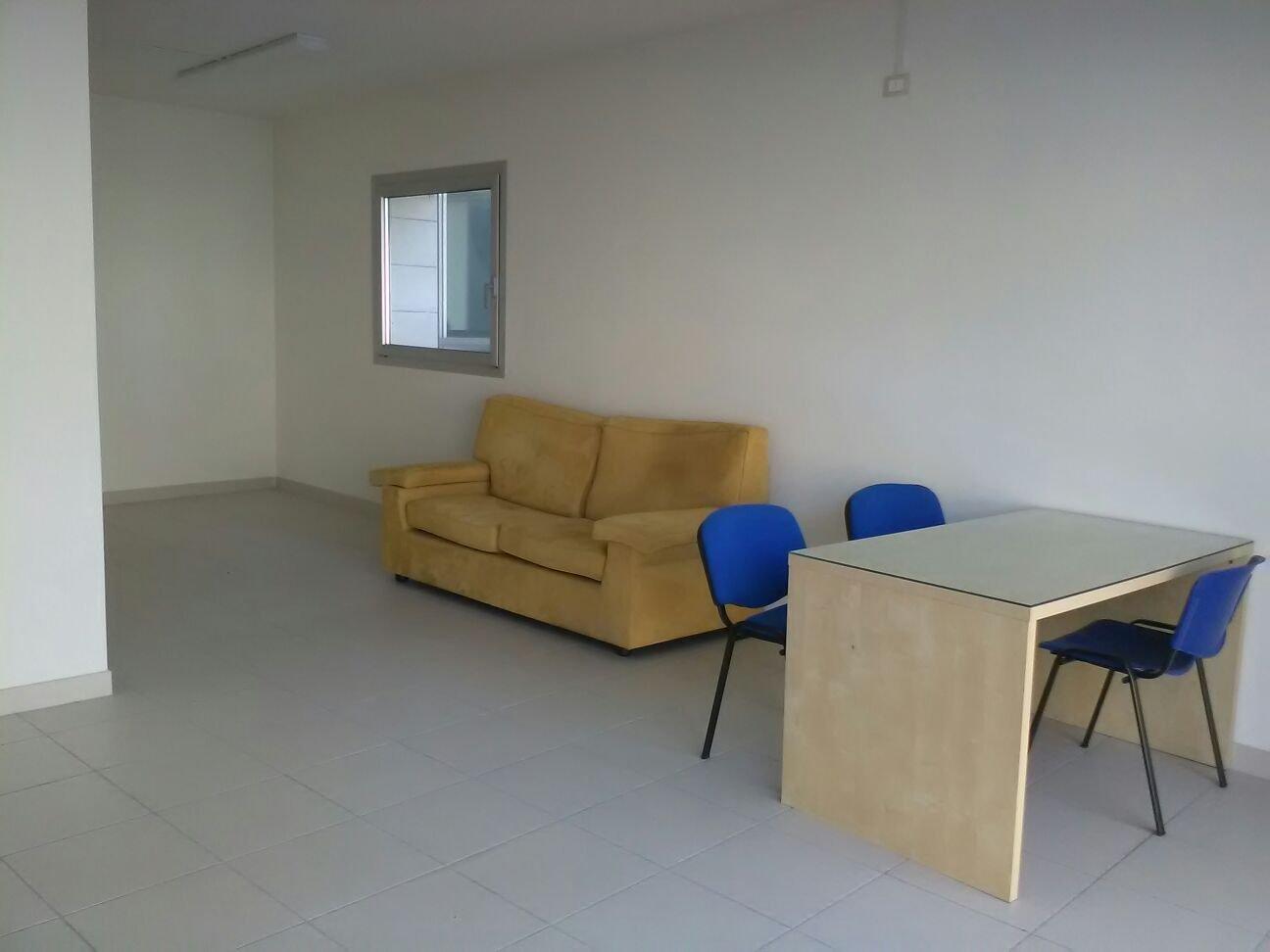Ufficio in affitto commerciale a San Piero A Grado, Pisa