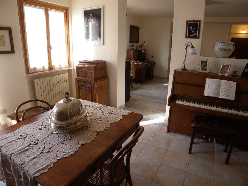 Appartamento in vendita, rif. VIV-3