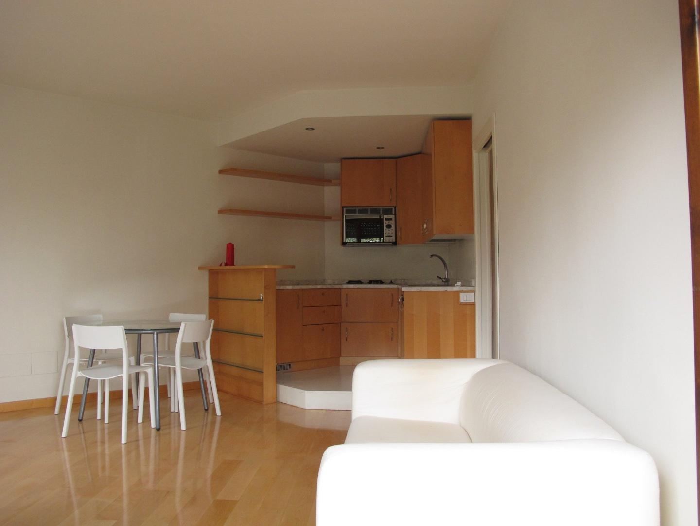 Appartamento in affitto, rif. 8517