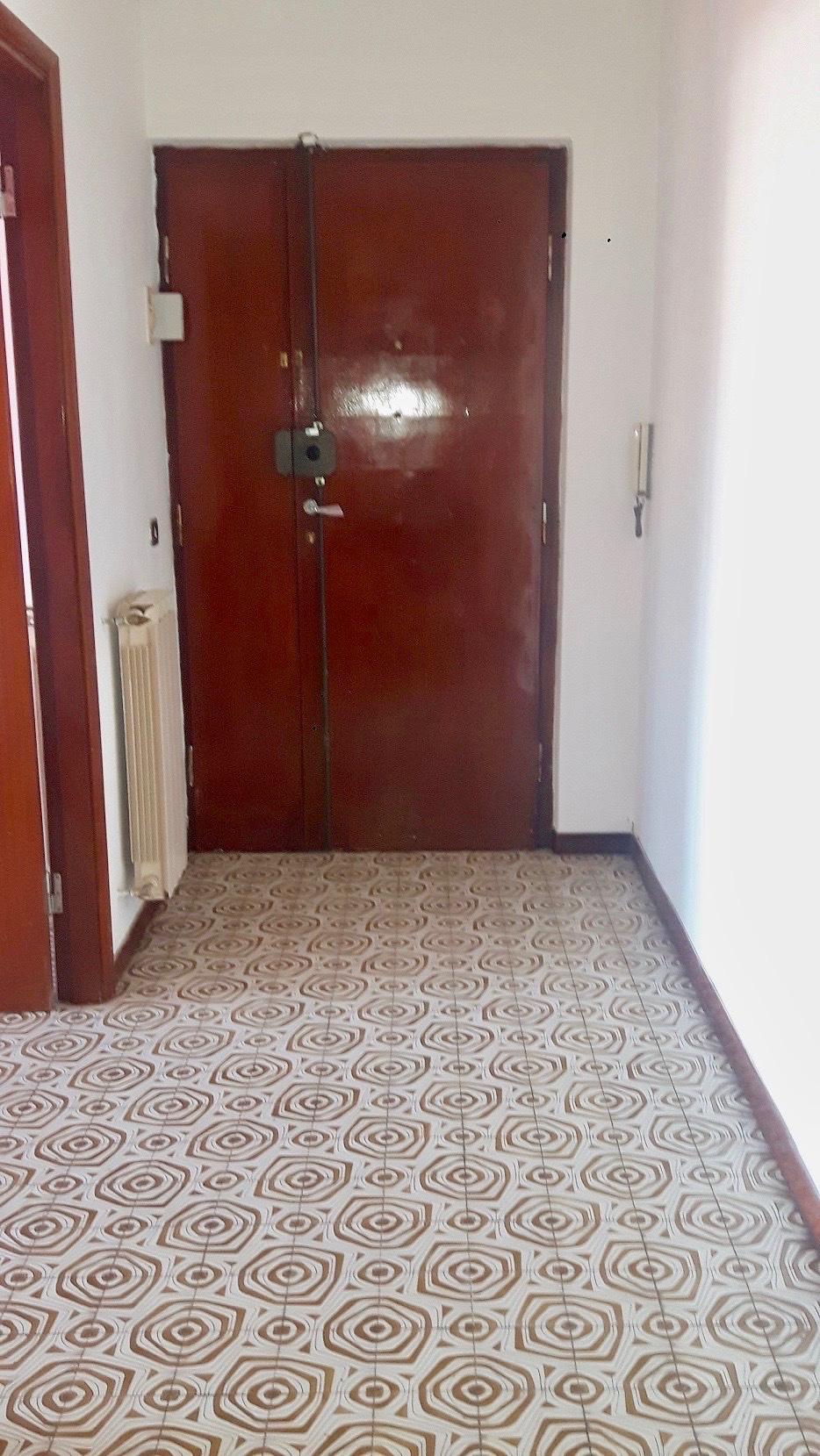Appartamento in vendita, rif. LOG-178