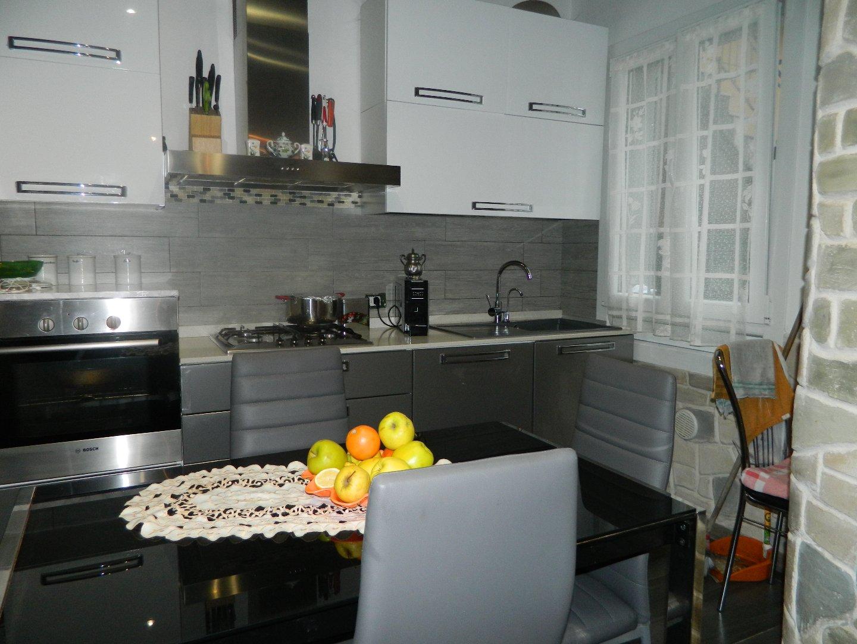 Casa semindipendente in vendita, rif. 106259