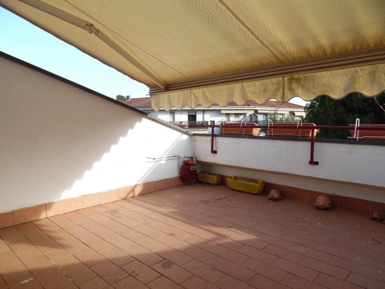 Attico/Mansarda in vendita a Ronchi, Massa