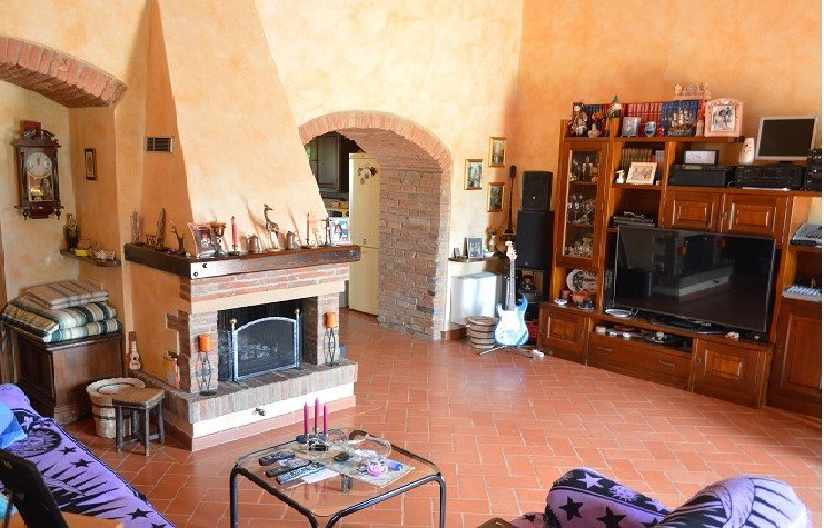 Soluzione Semindipendente in vendita a Montelupo Fiorentino, 4 locali, prezzo € 420.000 | PortaleAgenzieImmobiliari.it