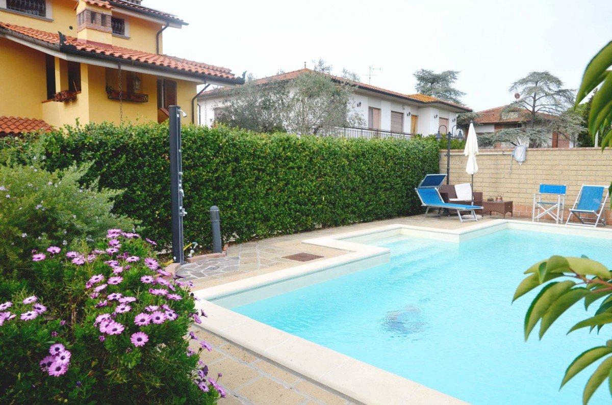 Villa singola a San Giuliano Terme