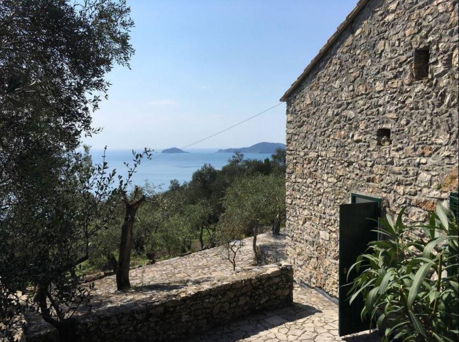 Casa singola in vendita a Lerici (SP)