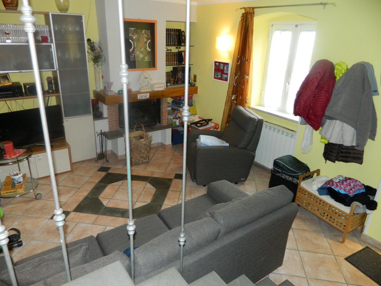 Casa semindipendente in vendita, rif. 106276