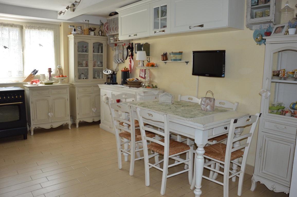 Appartamento in vendita, rif. LOG-186