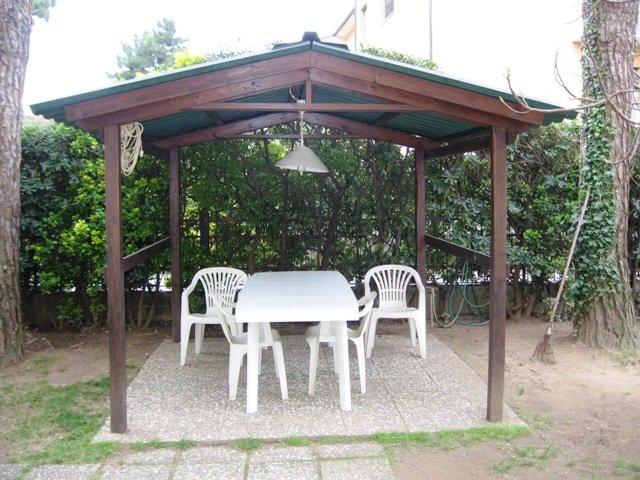 Appartamento in affitto vacanze a Massa. Rif:AL174