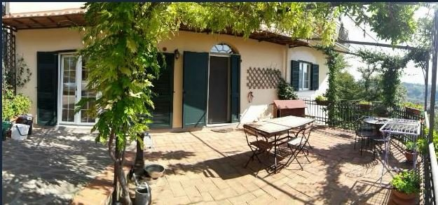 Casa semindipendente in vendita, rif. 106293