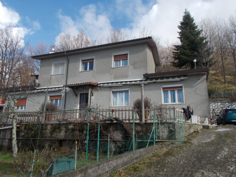Casa singola a Seravezza
