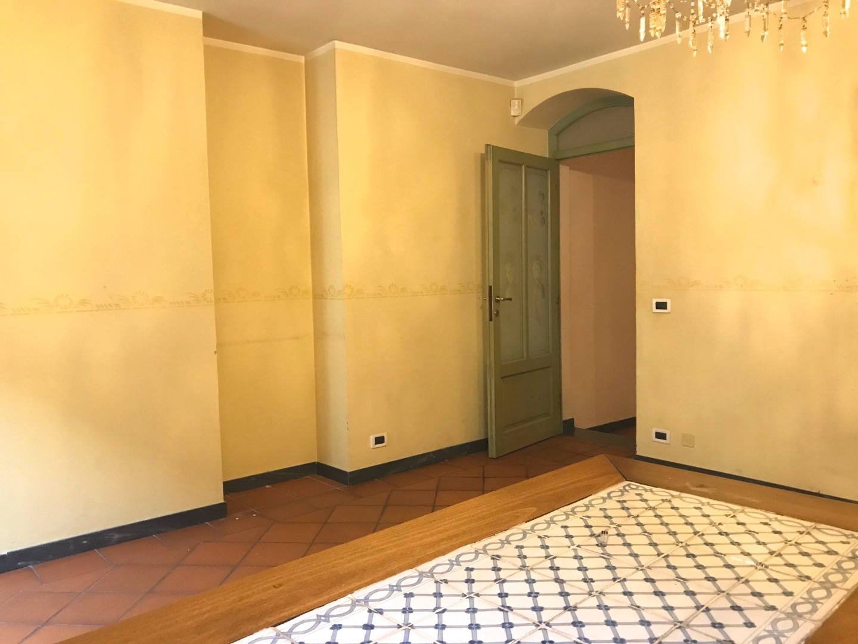 Appartamento in affitto, rif. AR-057