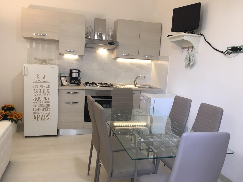 Appartamento in affitto a Rosignano Marittimo, 3 locali, prezzo € 700 | CambioCasa.it