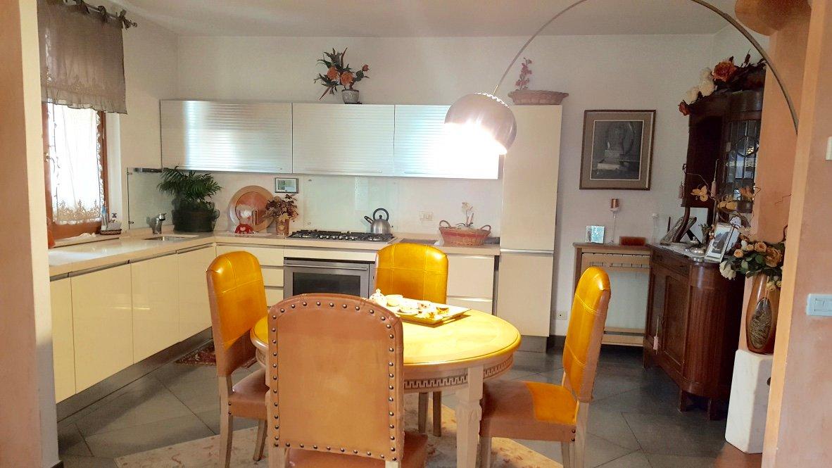 Appartamento in vendita, rif. 119