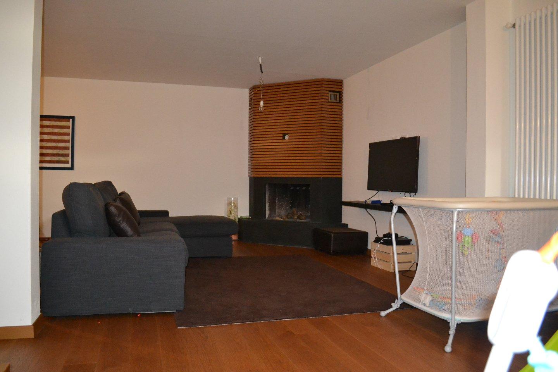 Villetta bifamiliare/Duplex in vendita, rif. 693
