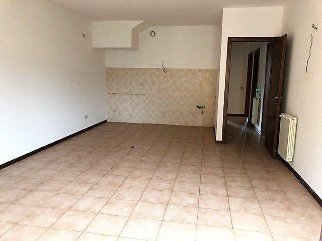 Appartamento in vendita - Massa