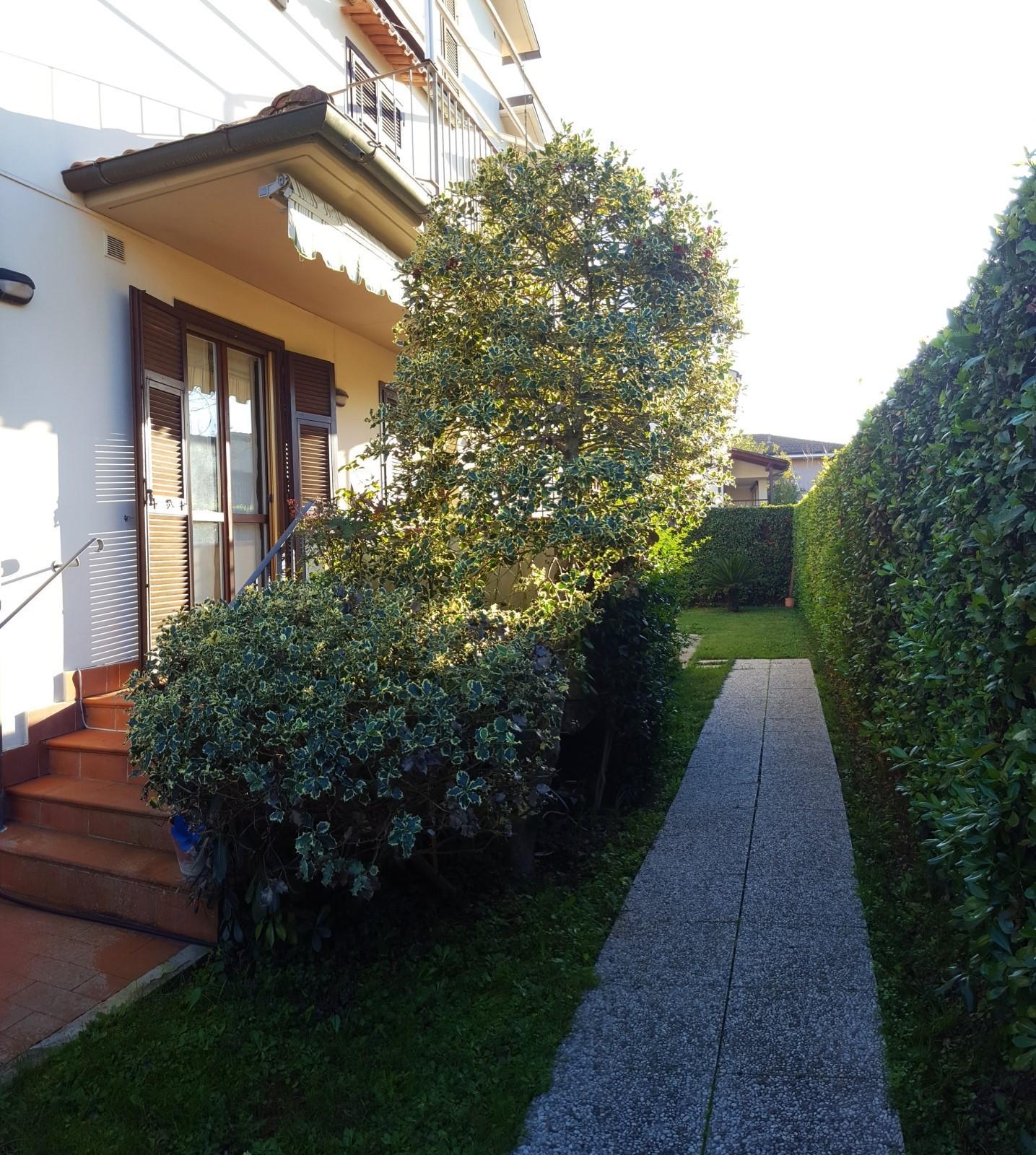 Villetta bifamiliare in vendita, rif. P400