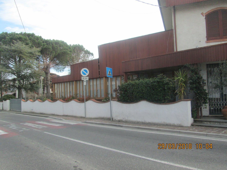 Locale comm.le/Fondo in vendita, rif. C05