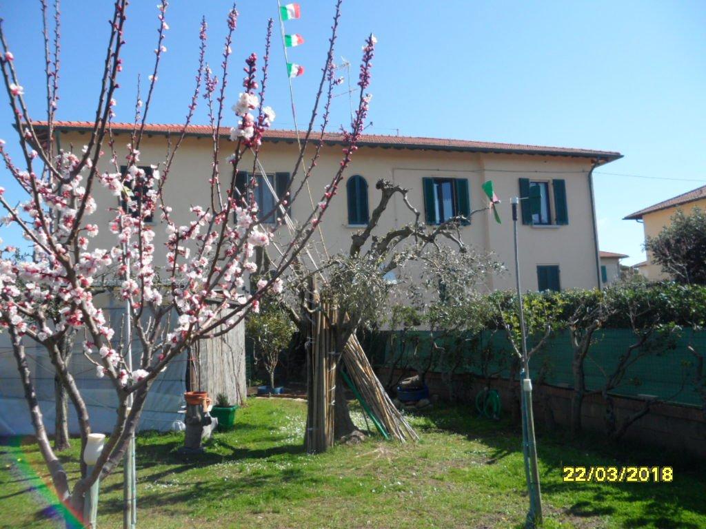 Villetta quadrifamiliare in vendita a Rosignano Solvay, Rosignano Marittimo (LI)