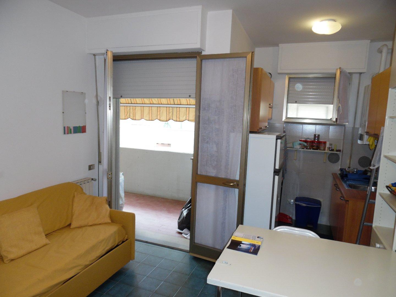Appartamento in affitto vacanze, rif. AC40