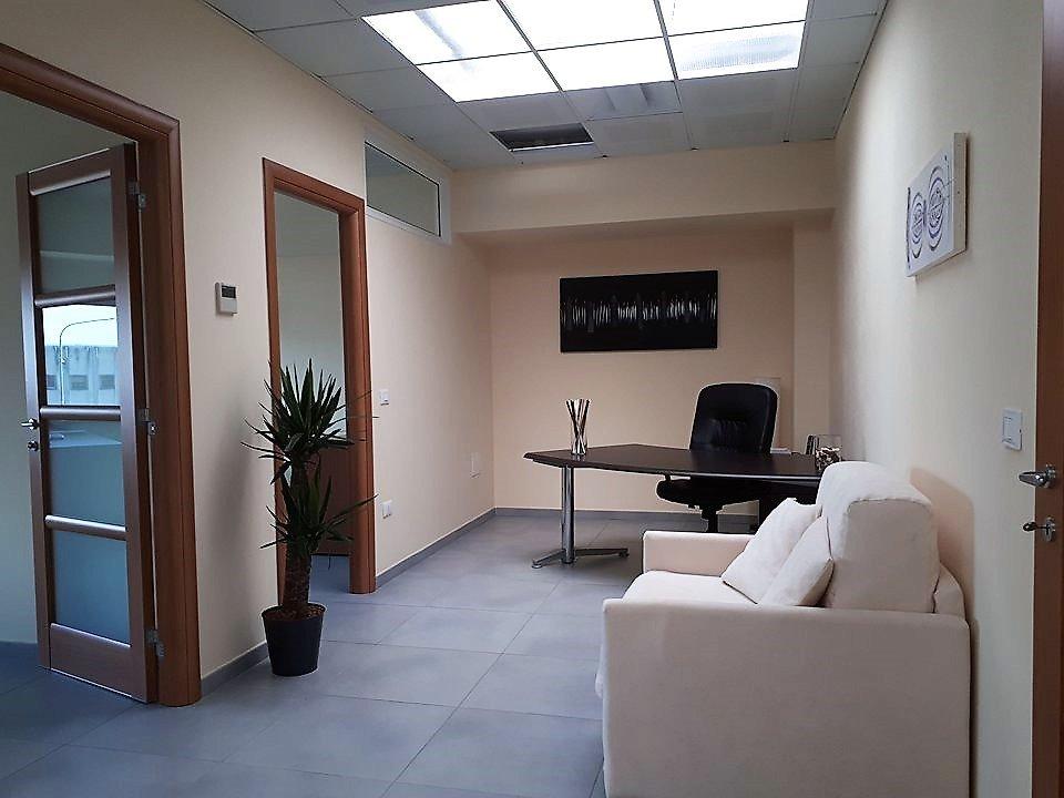 Ufficio / Studio in Vendita a Pisa