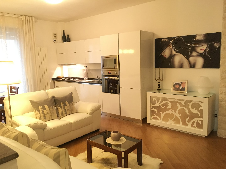 Appartamento in vendita, rif. A951